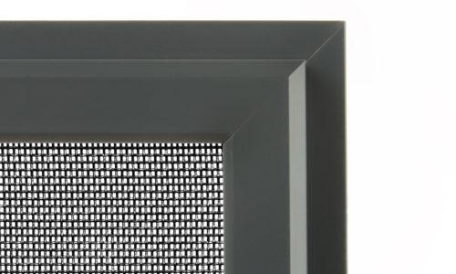 Hyönteisverkko ikkunaan tummanharmaa, extraverkolla.