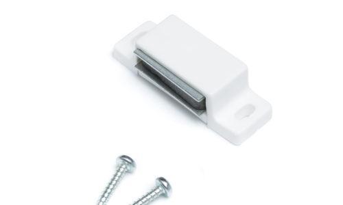 Sälekaihtimet varaosat magneetti ja ruuvit.